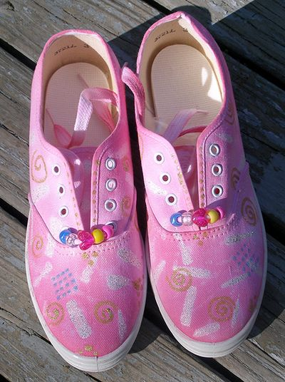 Pink-sneakers-02w