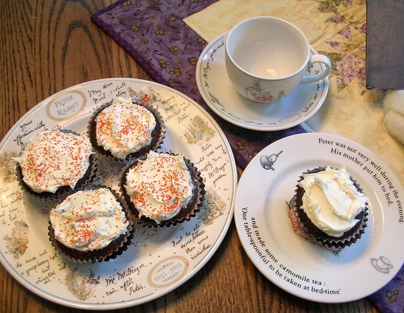 3-cupcakes-01w