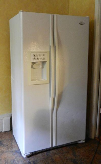 Old fridge-01