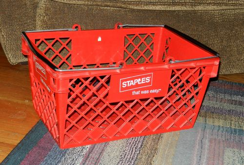 Staples-basket