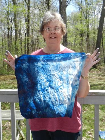 Indigo-dye-10-unwrapping-2